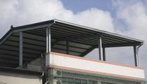烤漆鋼板雨棚,鋼構屋施工,陽台鋼構遮雨棚,陽台鋼構屋,屋頂鋼構屋施工