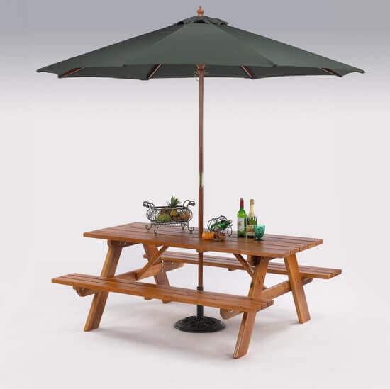 木製啤酒桌